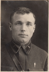 «9 Мая 1970 года на воинском кладбище Великих Лук состоялось захоронение останков. Мой 36-летний отец хоронил своего 36-летнего отца»